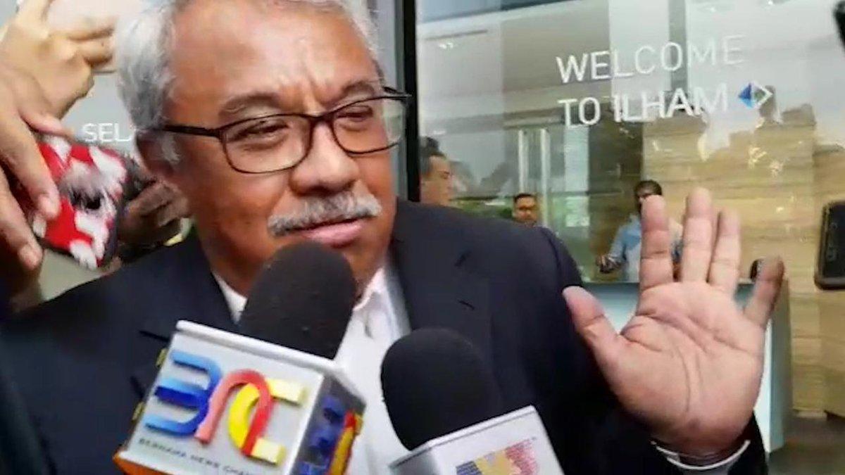 "BERNAMA TV 🇲🇾 on Twitter: ""Dr Nungsari Ahmad Radhi dilantik ..."