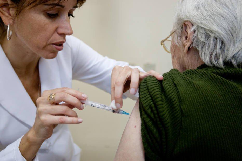 Mortes por gripe triplicam no Brasil https://t.co/lYR9J3plXE