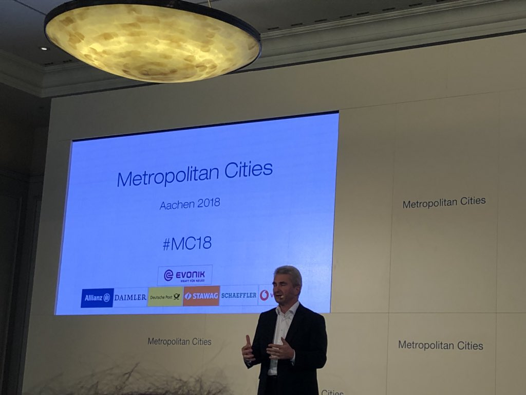 test Twitter Media - Happy to have @a_pinkwart in #aachen for @Metro_Cities #mc18 Welcome again, in this vibrant region, dear Minister https://t.co/pGjJqFE38T