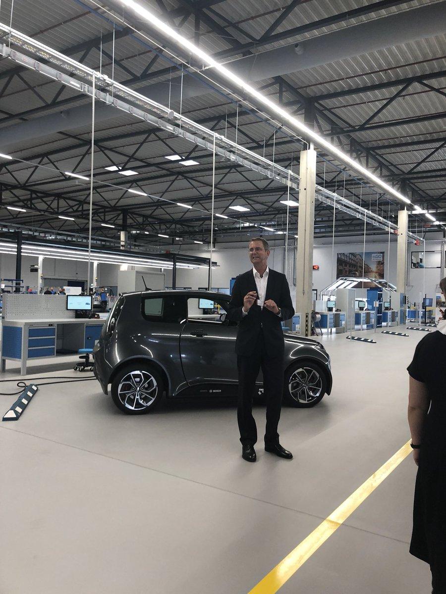 test Twitter Media - Heute morgen erstmal durch die coole neue Autofabrik von #GüntherSchuh #ego Und jetzt bin ich gespannt auf die #MC18 . Treffe ich da heute den @MMronz? https://t.co/1zmt5wZp3x