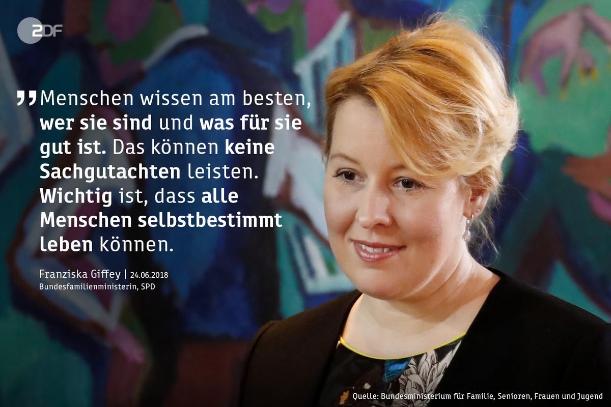 Bundesfamilienministerin Franziska #Giffey (SPD) fordert die Ersetzung des Transsexuellengesetzes durch ein modernes Gesetz für Akzeptanz. @BMFSFJ #CSD #Pride2018