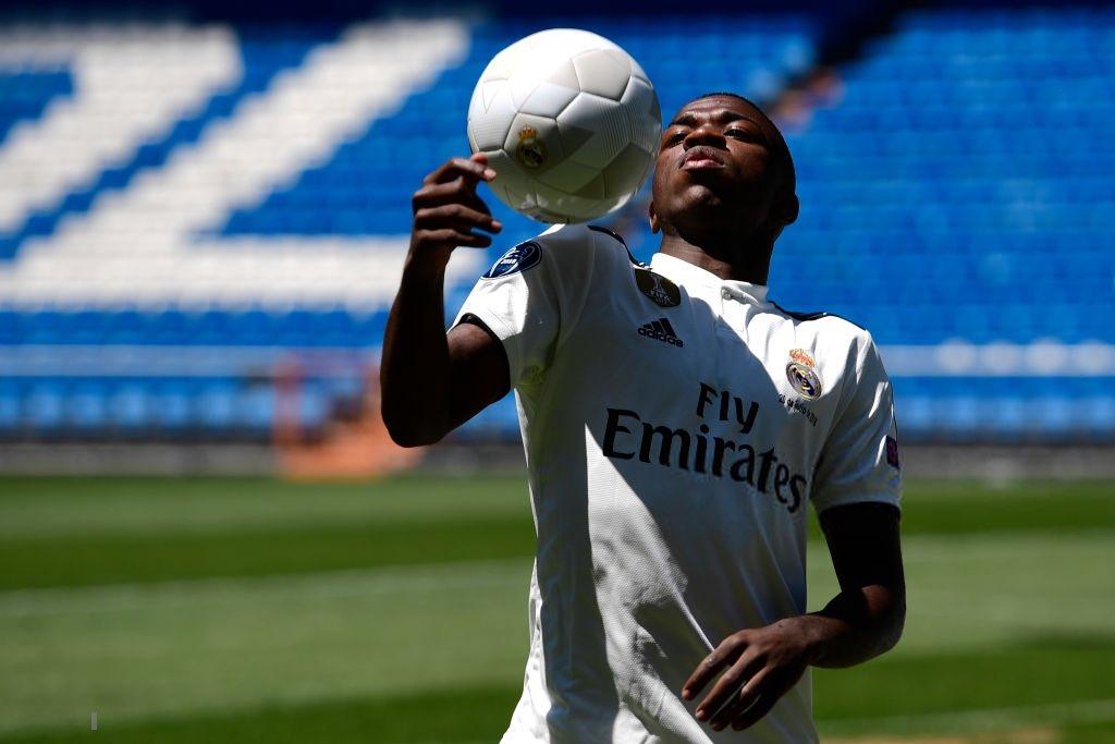 Hoang phí, Real Madrid để 45 triệu euro đá hạng Ba?