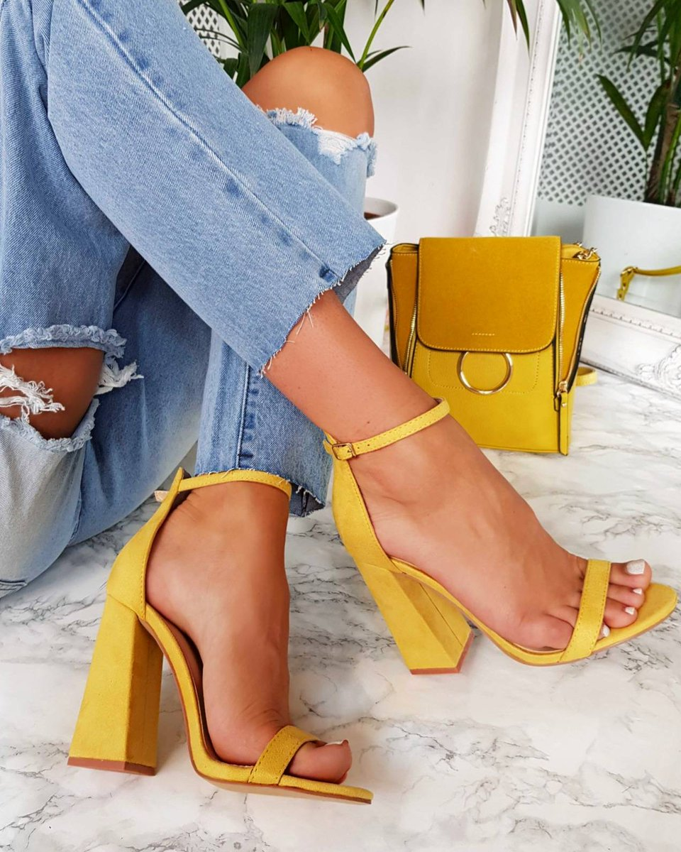 Image for Hella Heart Eyes RN! 💛  The ROSA Heels Just Dropped 🔥  SHOP ALL COLOURS BOO >>  👆🏽 #ikrushbabe #fbloggers https://t.co/poXgcWHkPZ