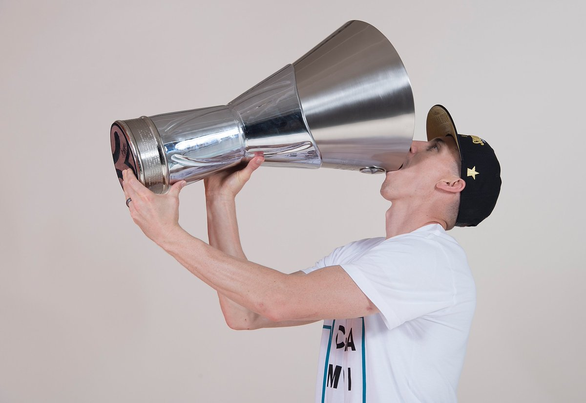 #FridayFeeling with @JayceeCarroll 😉