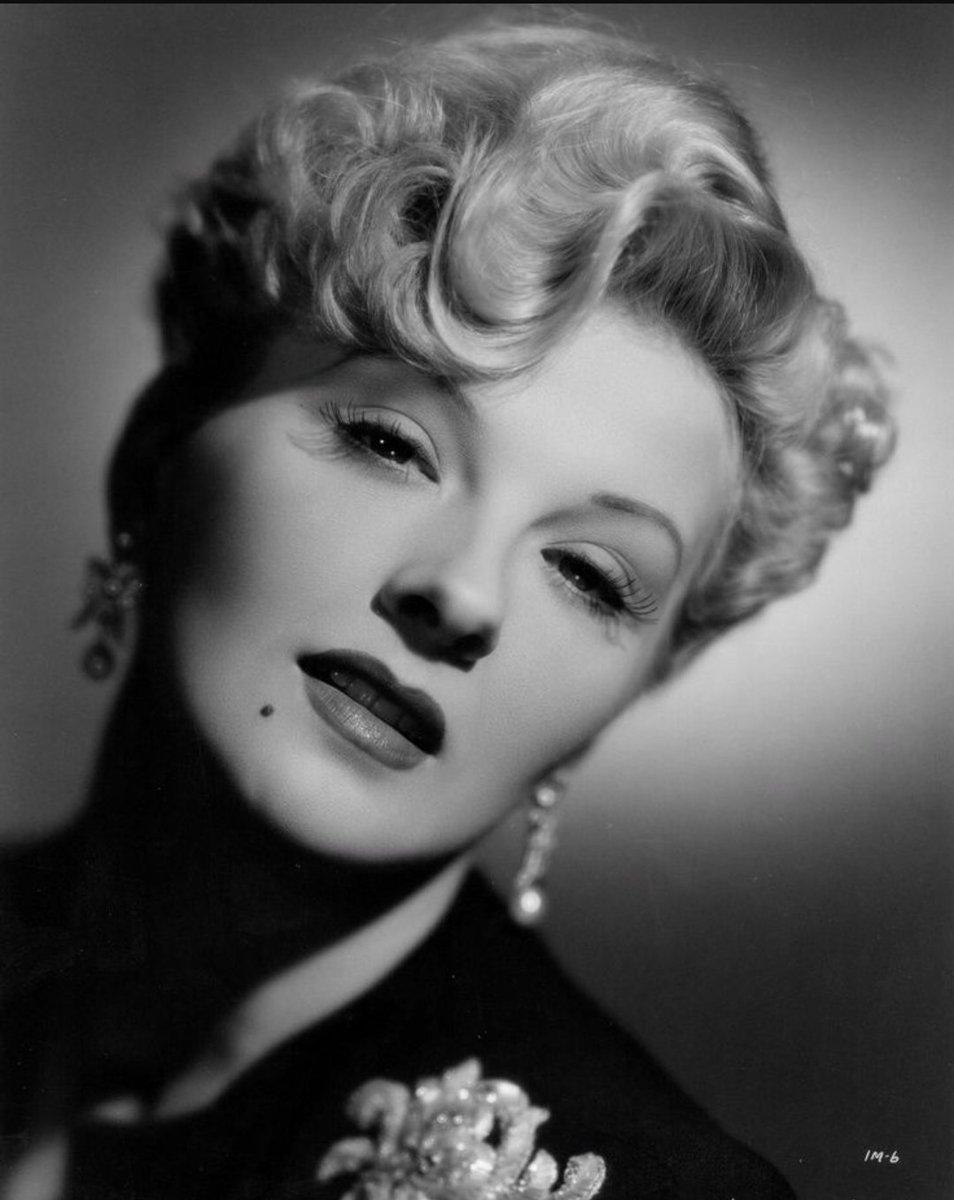 pics Sheila Mercier (born 1919)