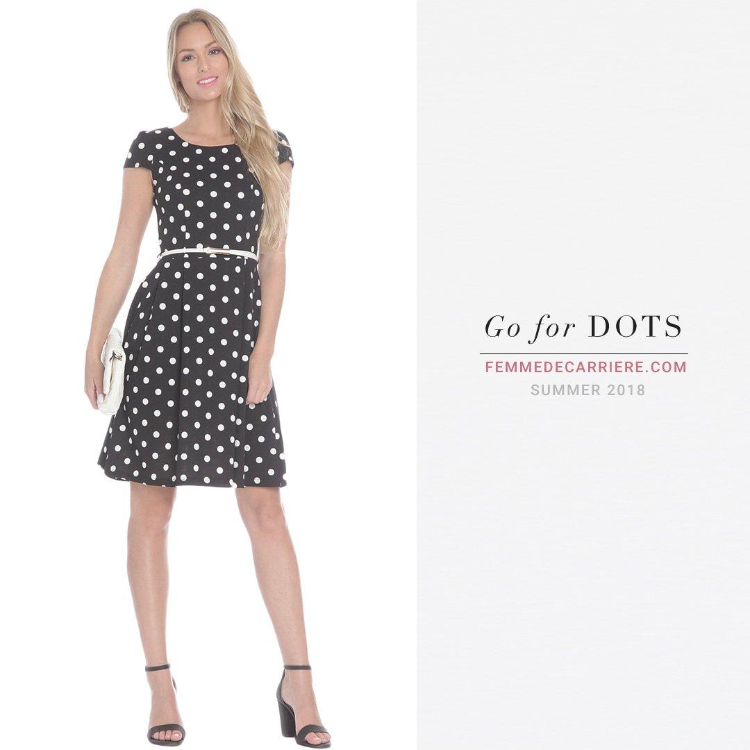 Dot dot dot   #dotteddress  #dot  #dotted  #saturday  #femmedecarriere  #WomeninBusiness  #dress  #dresseswomenspic.twitter.com/BaUb7xIxv5