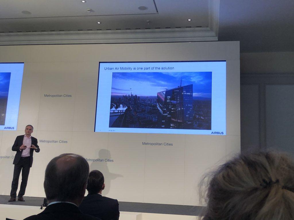 test Twitter Media - @Airbus über das autonome Fliegen in @Metro_Cities der Zukunft. Was für Zukunftsaussichten #aachen #future #mobility #mc18 #JoergMueller https://t.co/V4Dy0lA6wv