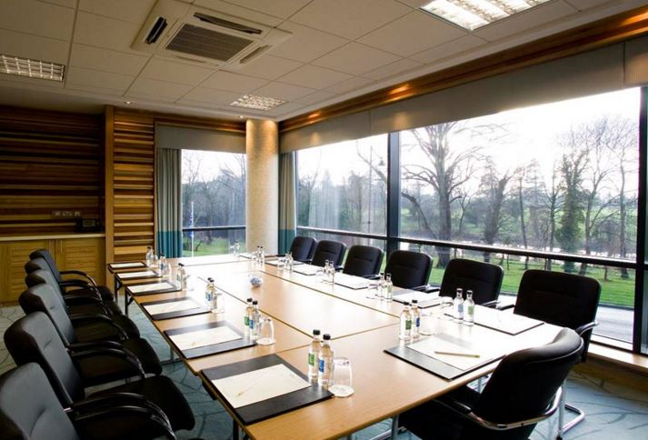 Located near Dublin Airport & The M50, we are perfectly located for all your meeting and conferencing needs. We can cater for up to 850 delegates in our meeting rooms. To find out more visit https://t.co/7RLSFL7N8D  or call our Meeting & Events team on 01 862 8888 #eventprofs https://t.co/lbW8ywLqwb
