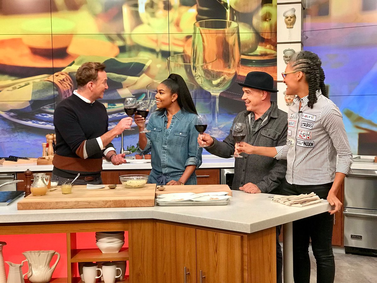 Cheers to the weekend, yall! Be sure to watch @itsgabrielleu today on #TheChew!
