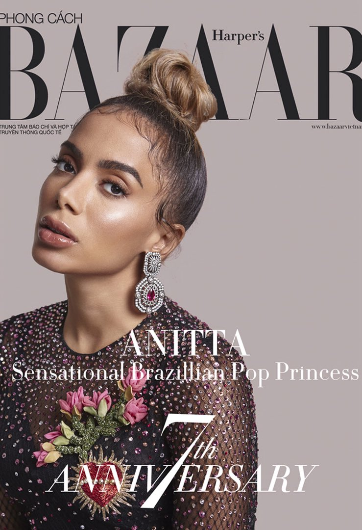Anitta wearing Dolce&Gabbana on the cover of Harper's Bazaar Vietnam.  #DGCelebs #DGWomen @Anitta