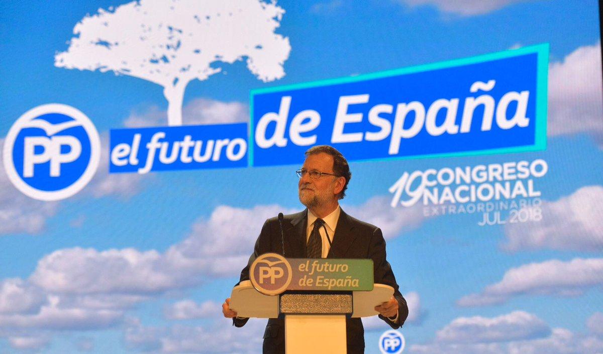 Durante 14 años he sido presidente del @PPopular. He dado todo lo que he podido, pero no vale nada comparado con tanto como he recibido de vosotros. Gracias. Tengo el orgullo de haber hecho algo bueno por España. #19CongresoPP