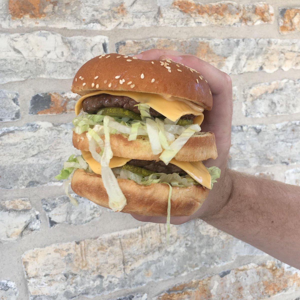Big Mac #food #foodporn #yummy #pizza https://t.co/WJuOXbkNZO