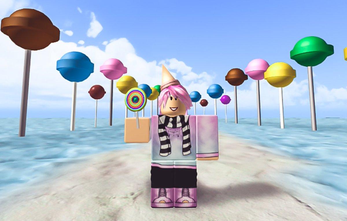 Sketch On Twitter Roblox Vs Minecraft Httpstco - Roblox Lollipop A Free Roblox Card Code