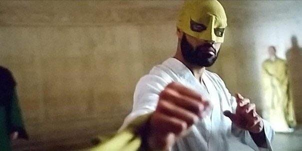 Davos wearing the iconic yellow mask of the #IronFist #SDCC https://t.co/bz8SP6CQP8