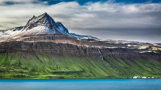 Iceland all night long: on a small-ship cruise in summer https://t.co/oiYqZrUHve