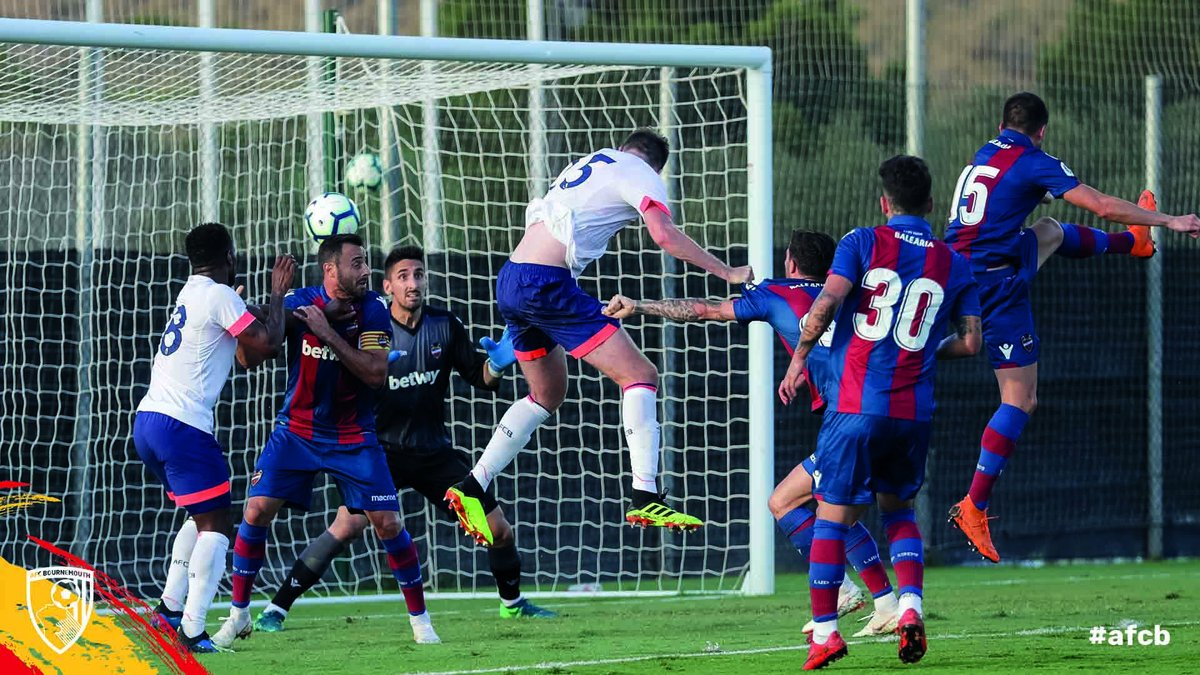 📷 Match action from an entertaining first half against @LevanteUD here at @LaMangaClub. #afcb 🍒