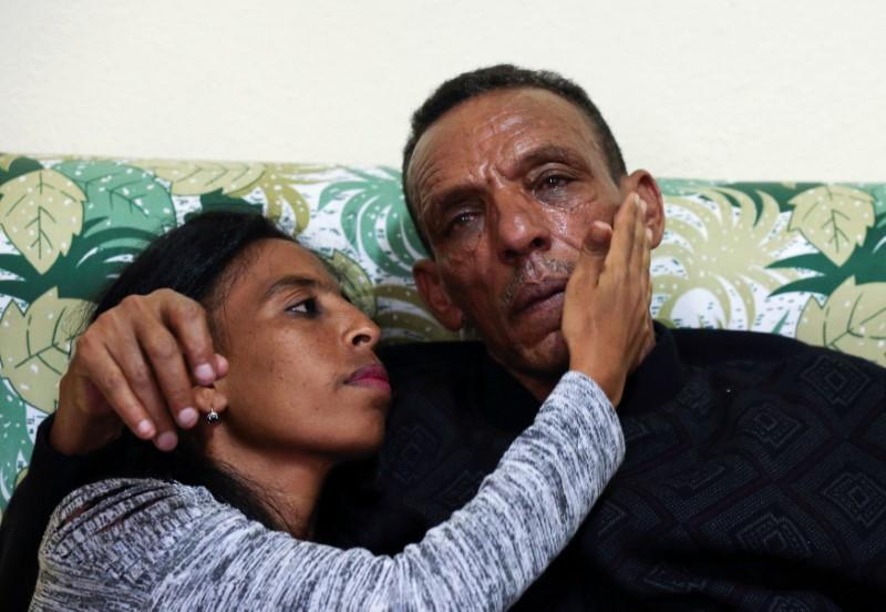 After 18 years apart, Ethiopian man finds his family in Eritrea https://t.co/ootRu4ov4M https://t.co/3yS16QnEQS