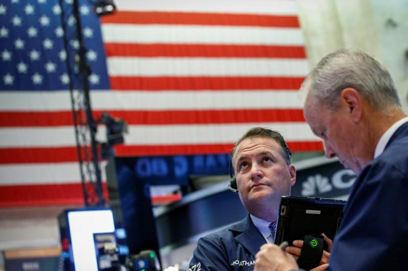 Wall Street braces for tariff fallout as S&P 500 companies report https://t.co/DEY3CaDcQ1 https://t.co/0Xd0KV69GI