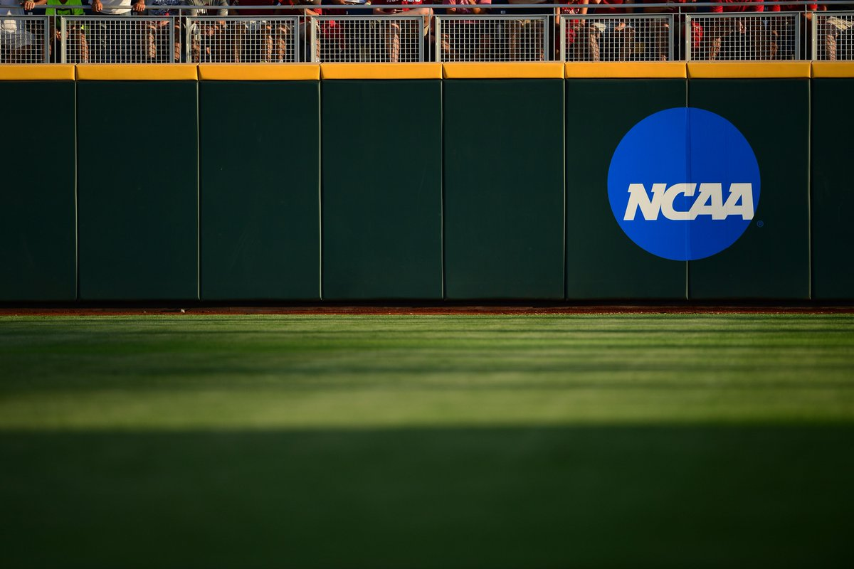NCAA Baseball Rules Committee proposes rule changes for 2019 season, including a recommendation for the addition of 20-second play clocks: https://t.co/RKoXWpzcbD