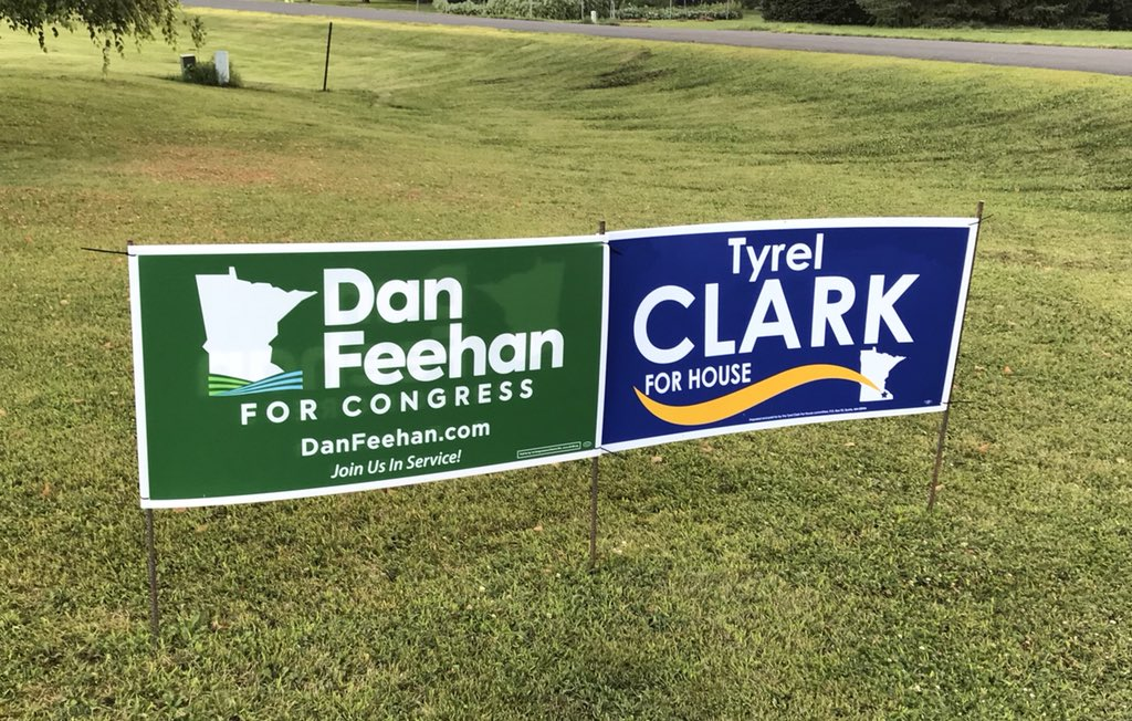Sometimes I see @danielfeehan left of @TyrelforHouse. Sometimes the other way around.