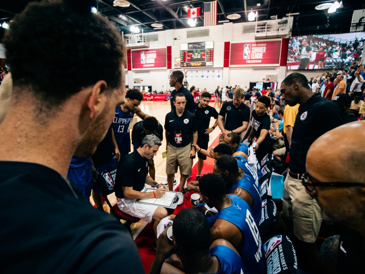 The top team photos from the @NBASummerLeague. #NBASummer  📸 | https://t.co/6V5RvZcoPJ