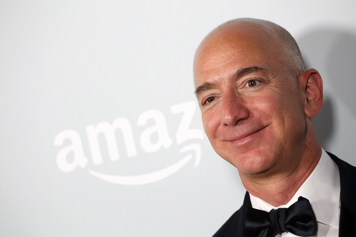 Jeff Bezos became the richest person in modern history amid this week  https://t.co/nczV27Pf1P