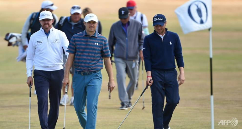 Golf: Housemates Kisner and Johnson set British Open pace as Fleetwood leads home hopes https://t.co/uElfnRirYN