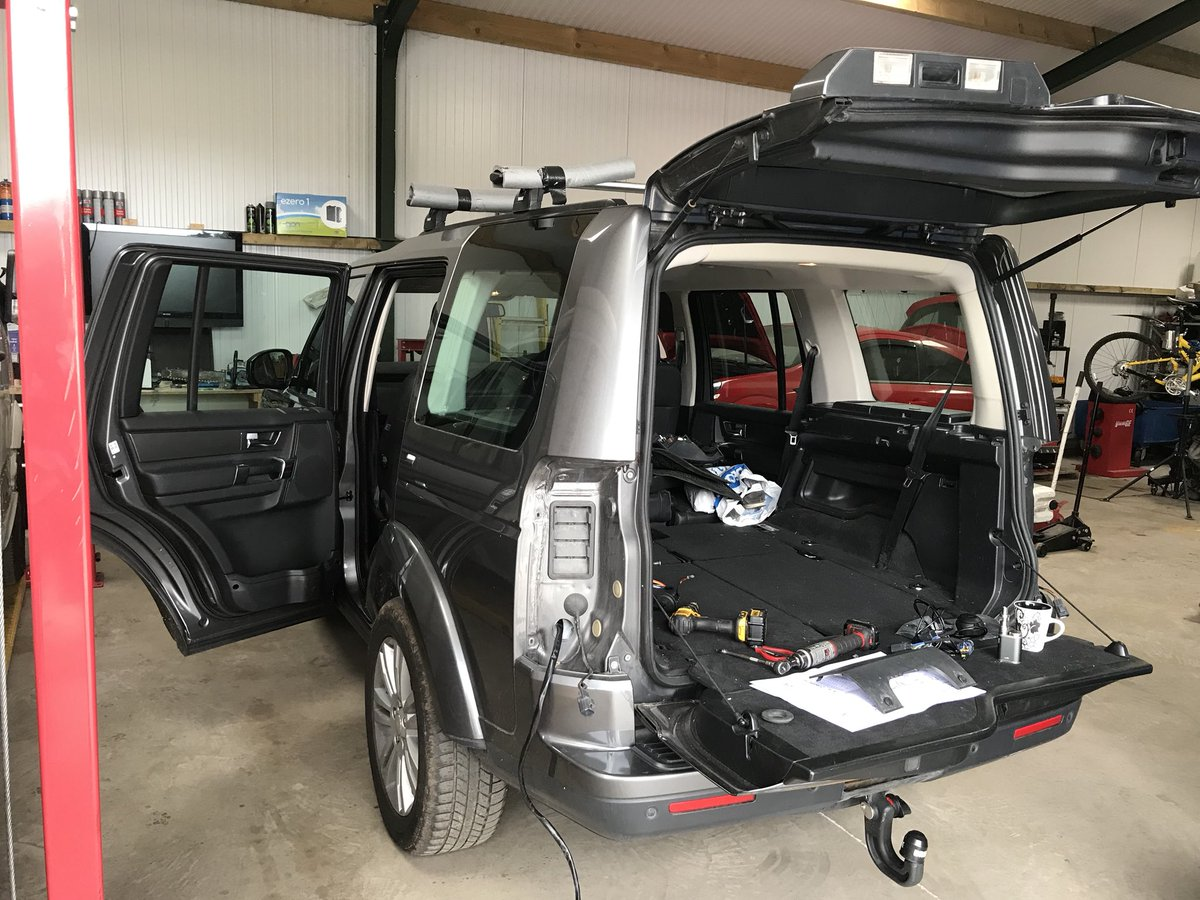 Land Rover Discovery Towing Electrics
