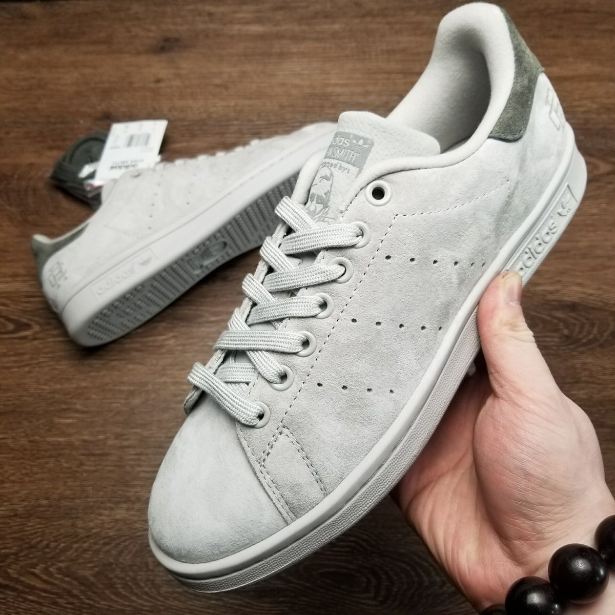 Reigning champ x stan smith