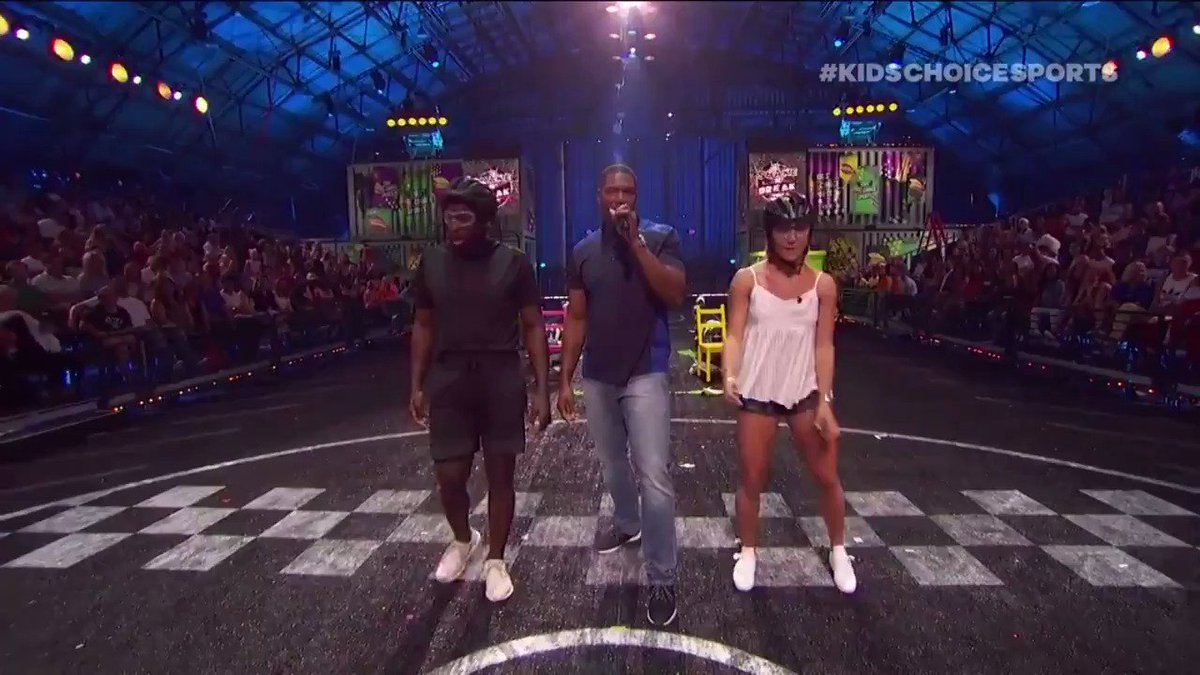 Check out @MikaelaShiffrin & @PKSubban1 making a BREAK for it at #KidsChoiceSports!