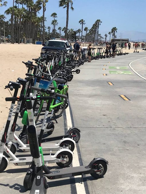 DilwMlyU0AE1j0z?format=jpg&name=small Everything you need to know about scooters, bike share, dockless bikes in Los Angeles