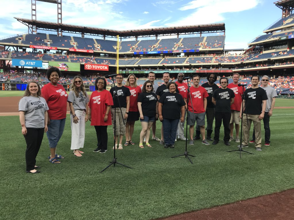 Had a great time singing the National Anthem tonight at the @Phillies game. Go #Phillies! ⚾️
