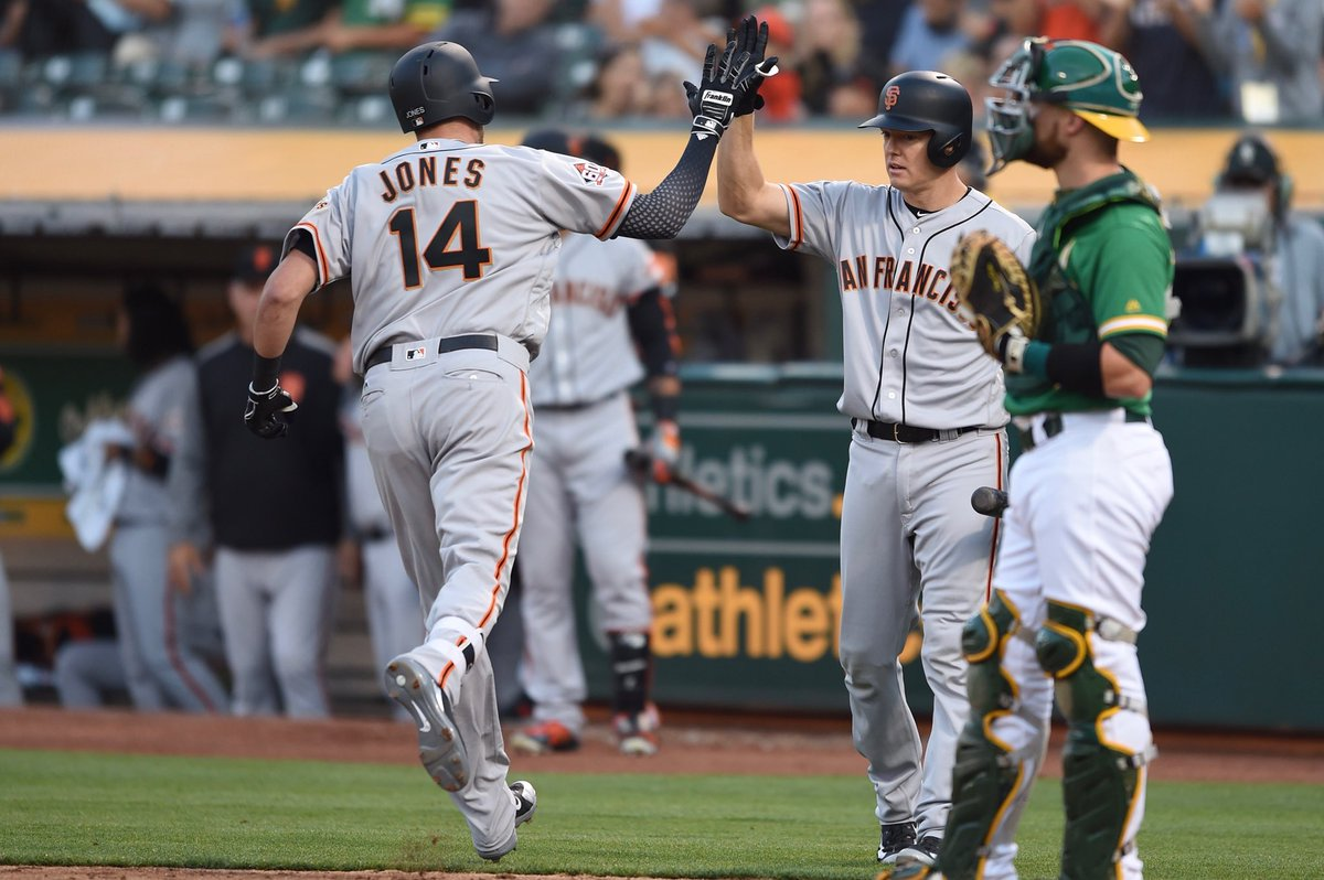 Giants still lead, 2-1 as we go to the 7th   Ryder Jones will bat third   #SFGiants
