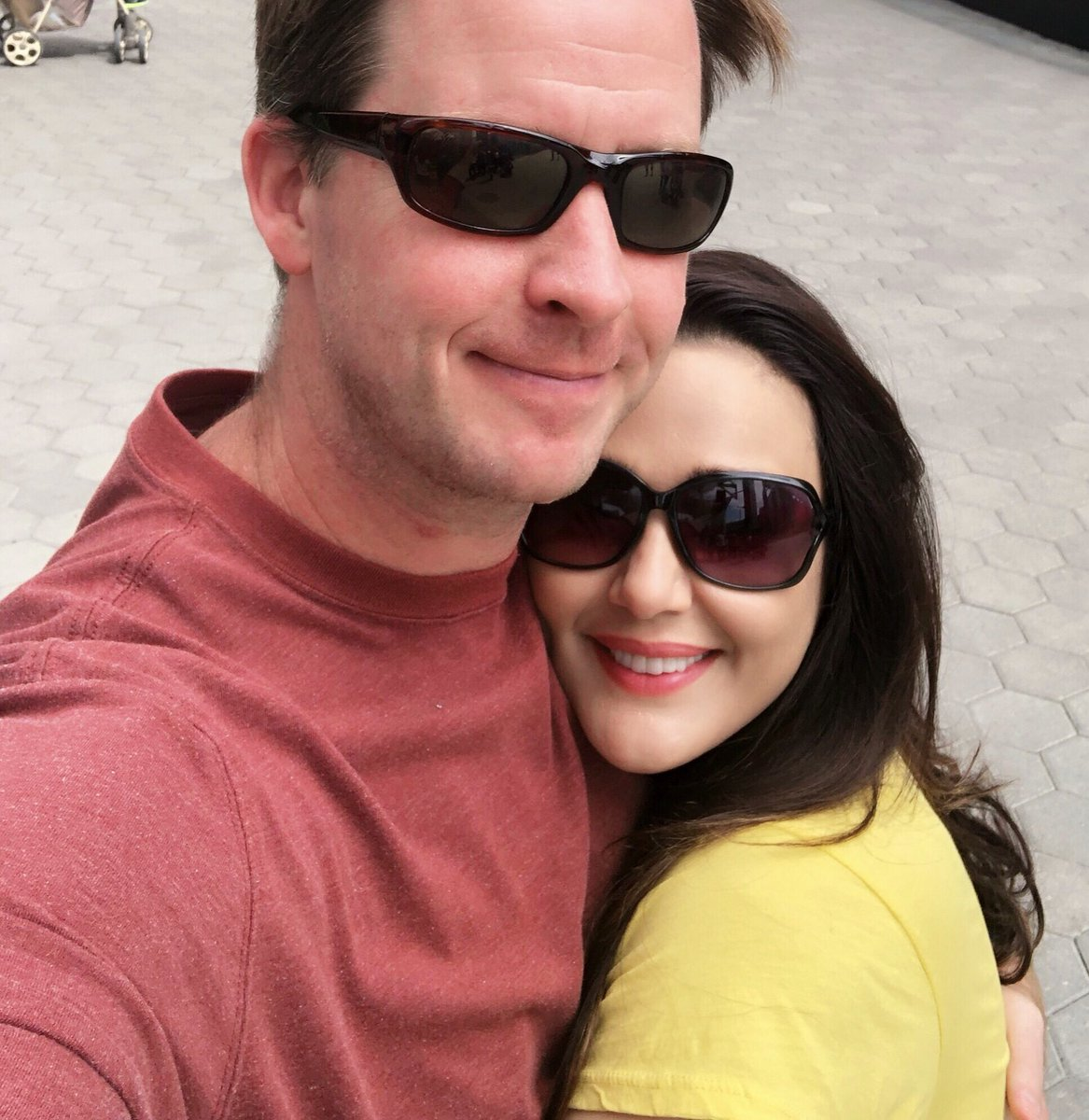 Loving every moment of being in #Newyork with my better half ❤️ #Hubby #mysunshine  #JaaduKiJhappi #Patiparmeshwar #Happiness #love #Selfie #strikeapose #ting