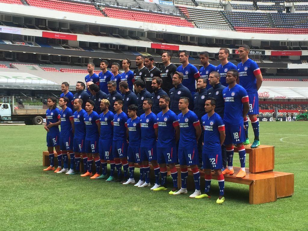 #LlegóLaMáquina al @EstadioAzteca y nos tomamos la fotografía oficial del Apertura 2018.