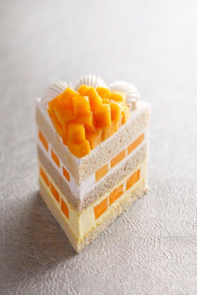 ホテルニューオータニ「エクストラスーパーマンゴーショートケーキ」国産マンゴーをほぼ丸ごと1個使用 - https://t.co/Y2lNBglg03
