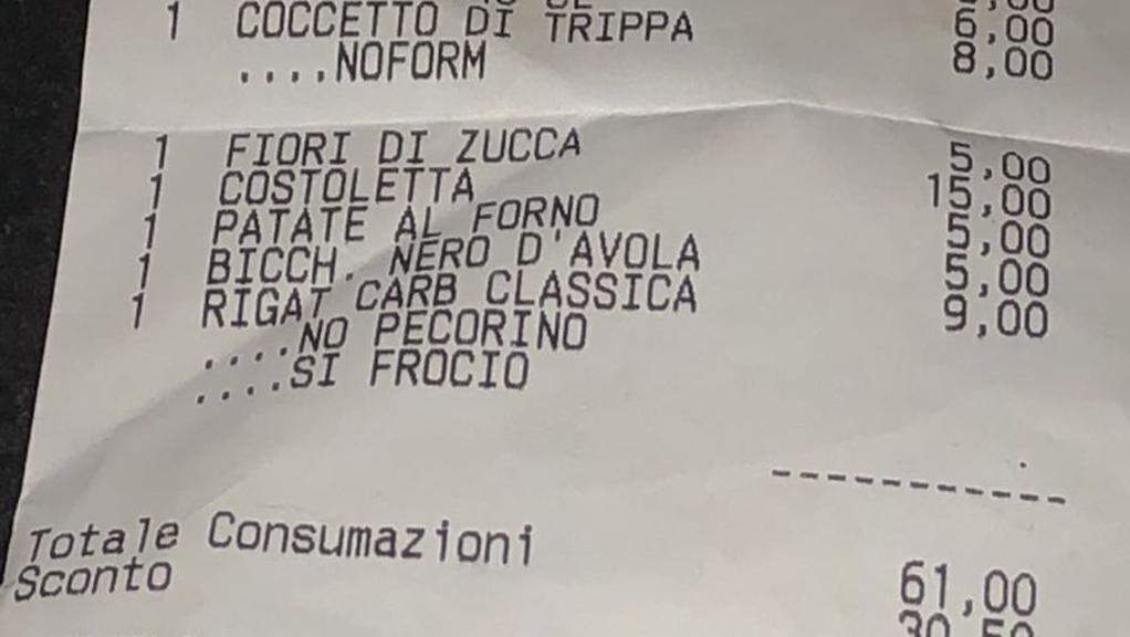 Omofobia sullo scontrino al ristorante, denuncia a Roma https://t.co/DA0W8NJj90
