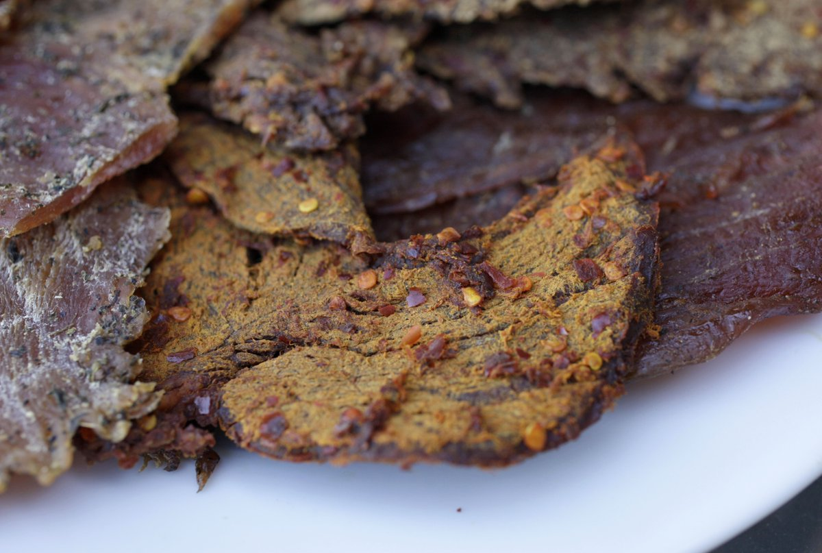 There's a strange connection between eating beef jerky and mental illness https://t.co/lKdeMh49qF