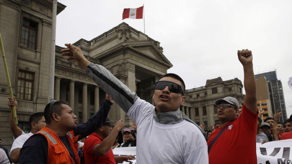 test Twitter Media - Perú: Continúan los escándalos del Poder Judicial en medio deprotestas https://t.co/DOZ7ElAtW0 https://t.co/O15fmVLiZi