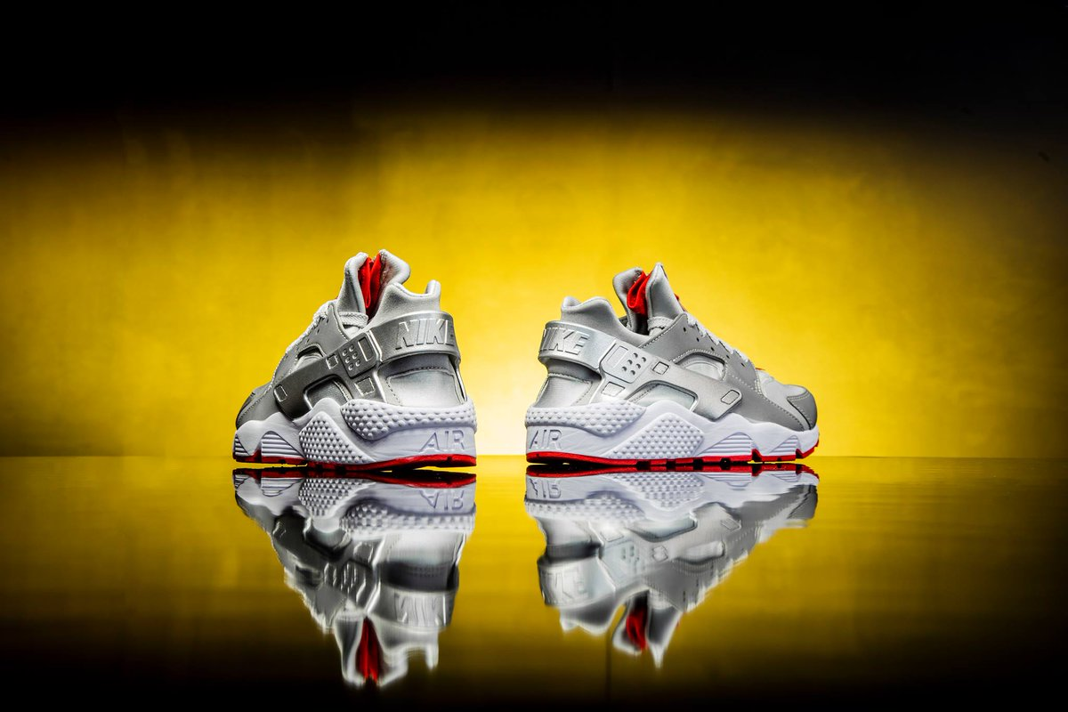 36131c7d6344 ALMOST LIVE via Shoe Palace Shoe Palace x Nike Air Huarache Run Zip QS  25th  Anniversary     http   bit.ly 2mx38VK  zip tag is individually numbered up  to ...