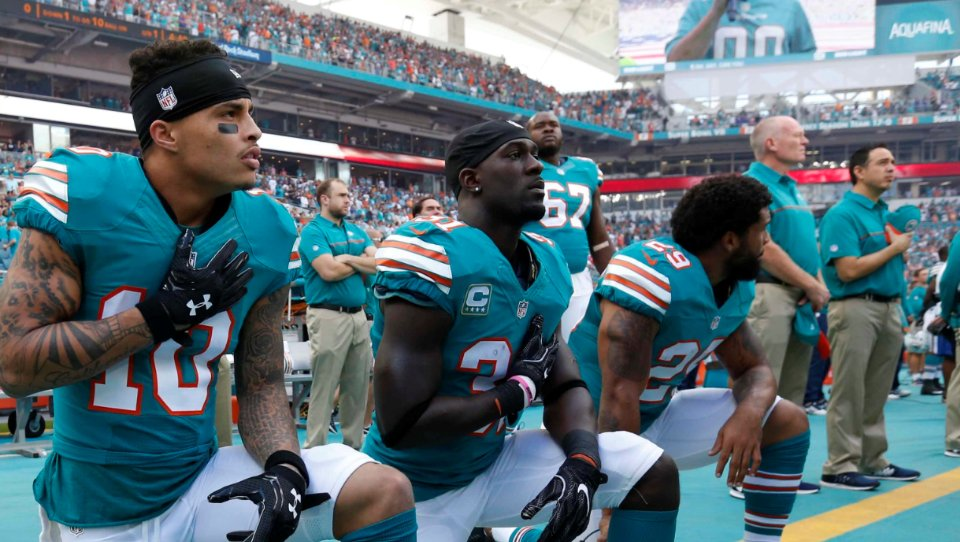 NFL national anthem controversy: Dolphins owner says he was keeping options open on anthem https://t.co/euGWYd3GxV
