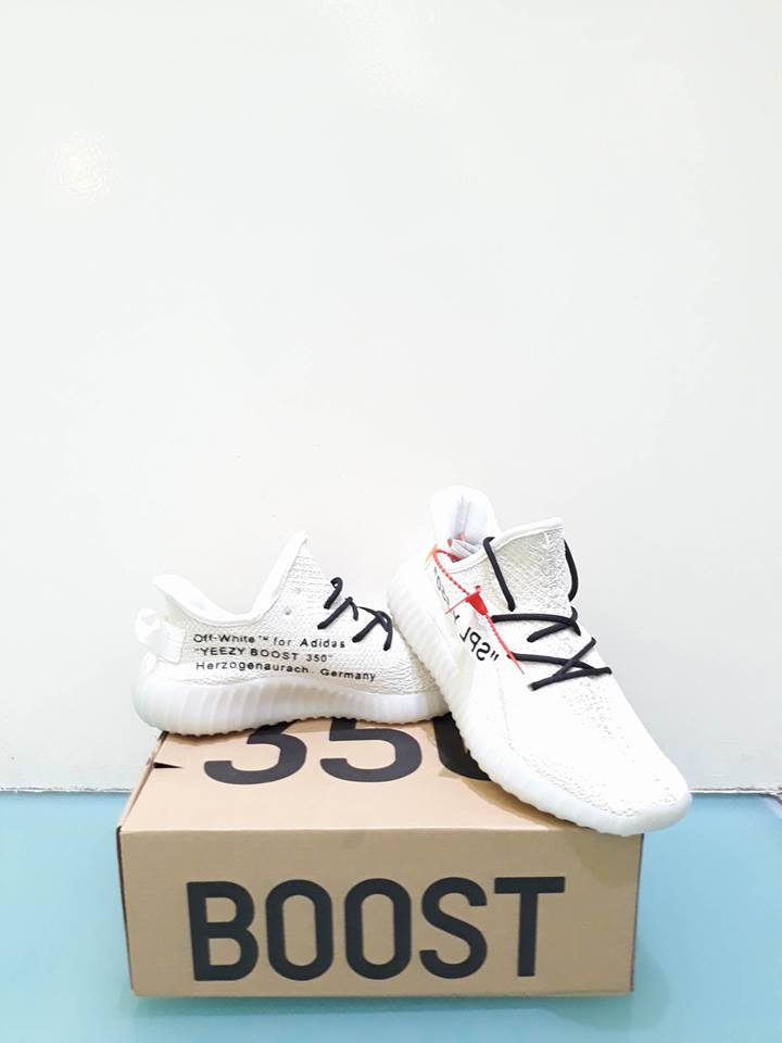 1fd7d7a06eb33 ... Yeezy Boost V2 Off-White (Custom)  Rare DM if interested or click the  link  https   ph.carousell.com p addidas-yeezy-boost-350-v2-off-white-180561546   ...