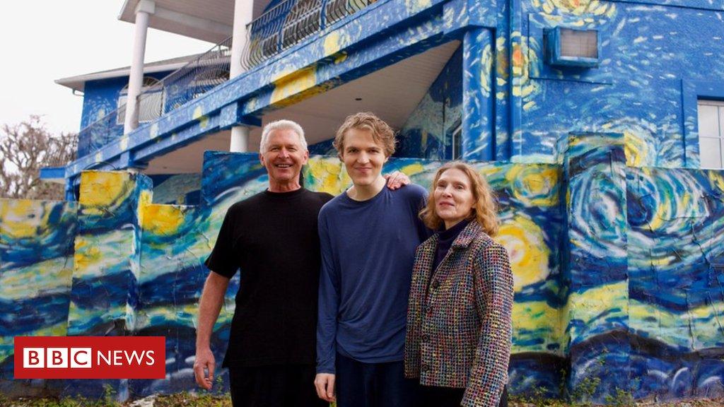 Os pais que pintaram a casa à semelhança do quadro 'A Noite Estrelada' de Van Gogh, para que filho autista não se perca https://t.co/Wsu83Y3Hio