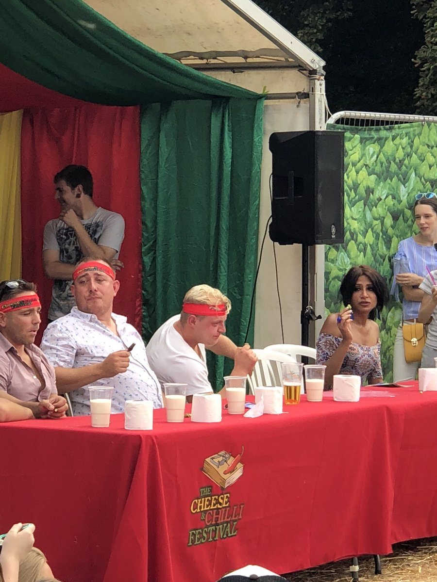 Chilli eating contest at the chilli and cheese festival, mentalists  #Guildford #cheeseandchillifestival <br>http://pic.twitter.com/ZmUhVr8iOl