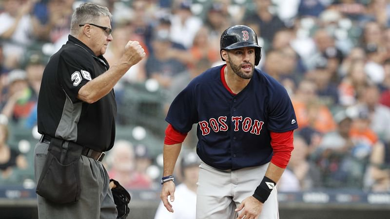 J.D. Martinez is not in the Red Sox's lineup Saturday, as the star has 'general soreness.' Here are the full lineups:  https://t.co/s6Arqtagq3
