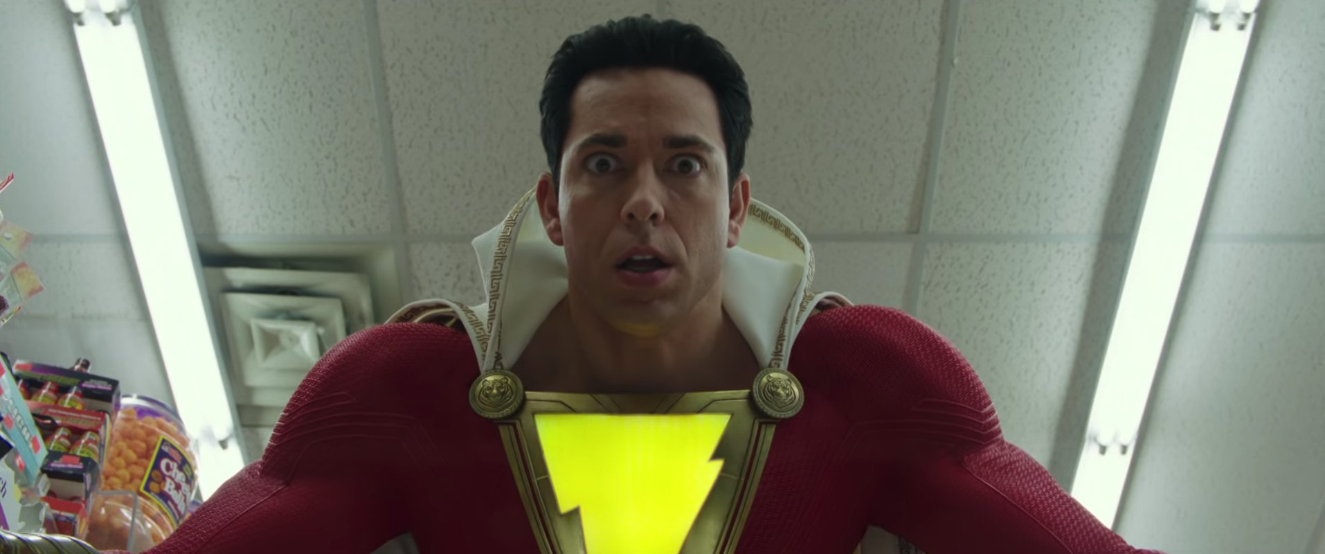 #SHAZAM! official teaser trailer is finally here! https://t.co/5J64EVmhJQ