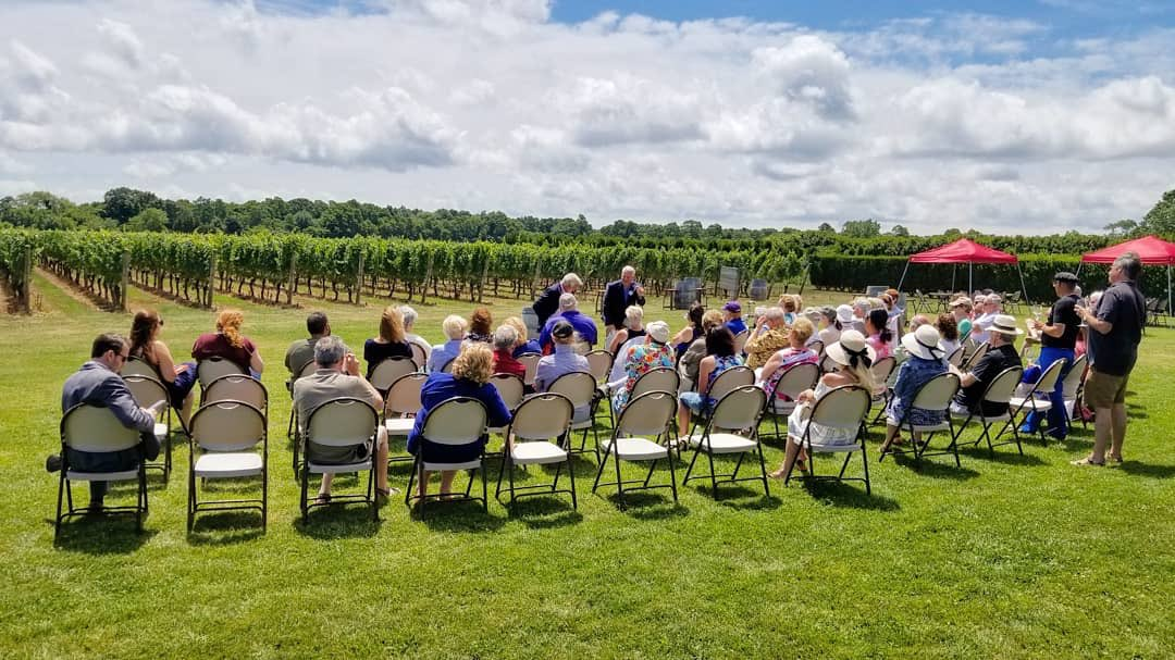 Great turnout for Big Guns book-talk with my friend, Rep. Tim Bishop. Thanks to Clovis Point Vineyard for a great afternoon. To schedule an event near you, visit https://t.co/kbN6GJSDIs #GUNviolence