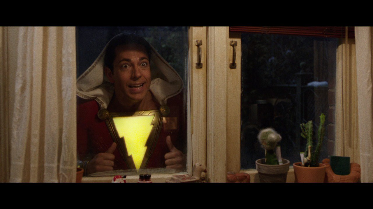 DC Universe's Shazam just released its first trailer at Comic-Con!  ⚡️ https://t.co/BFSVQVyP0C