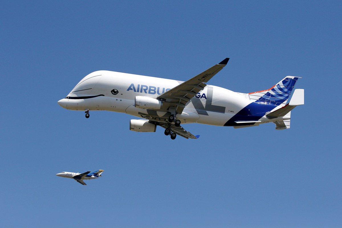 Novo avião gigante da Airbus, Beluga XL faz primeiro voo na França https://t.co/xBuWssd3wb #G1