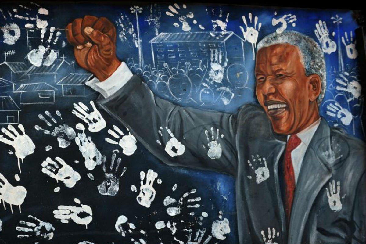 Memórias do cárcere no centenário de Nelson Mandela: em livro, ex-carcereiro relata tempo de reclusão do líder anti-Apartheid: https://t.co/JOgZ0qsM5w